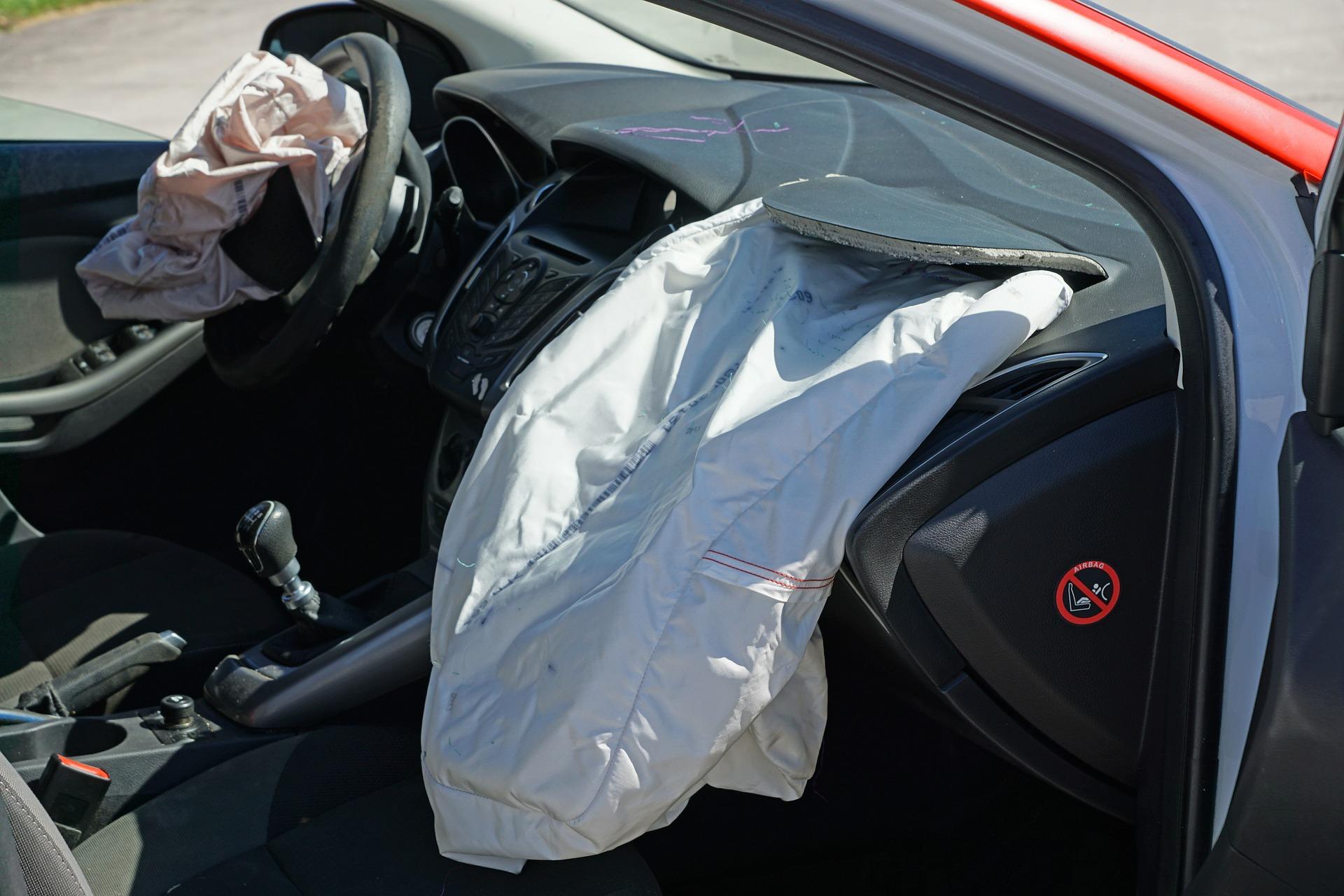 car crash airbag